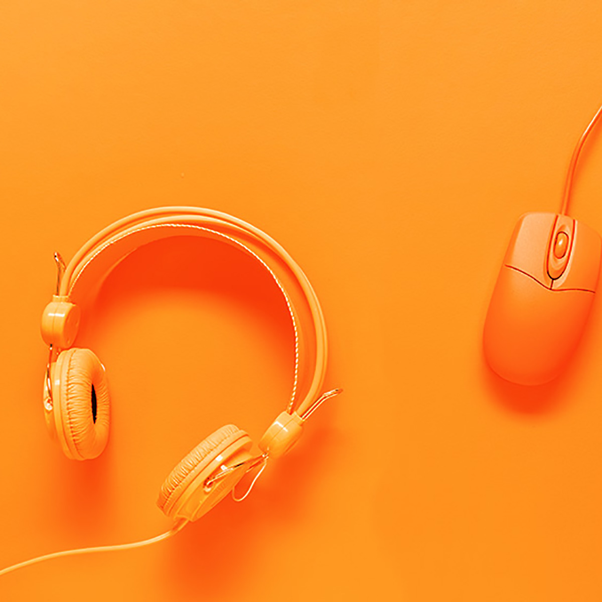 Abbassa il silenzio a suon di musica